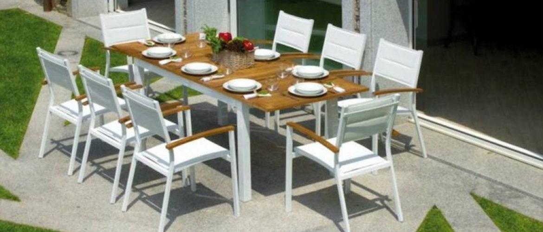 Arredo giardino salotti da giardino tavoli e sedie for Arredo giardino salotti